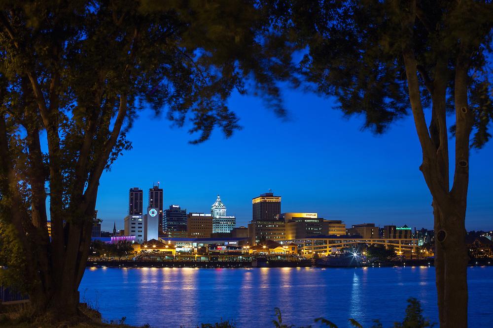 Peoria, IL Skyline