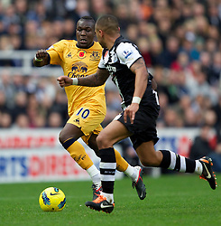 05.11.2011, St. James' Park, Newcastle Upon Tyne, ENG, Premier League, Newcastle United vs FC Everton, im Bild Everton's Royston Drenthe in action against Newcastle United // during the premier league match between Newcastle United vs FC Everton at St. James' Park, Newcastle Upon Tyne, EnG on 05/11/2011. EXPA Pictures © 2011, PhotoCredit: EXPA/ Propaganda Photo/ Vegard Grott +++++ ATTENTION - OUT OF ENGLAND/GBR+++++