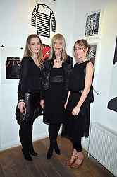 Left to right, artist DAISY DE VILLENEUVE, her mother JAN DE VILLENEUVE and POPPY DE VILLENEUVE at a private view entitled 'No Love Lost' by artists Daisy de Villeneuve and Natasha Law held at Eleven, 11 Eccleston Street, London SW1 on 31st March 2009.