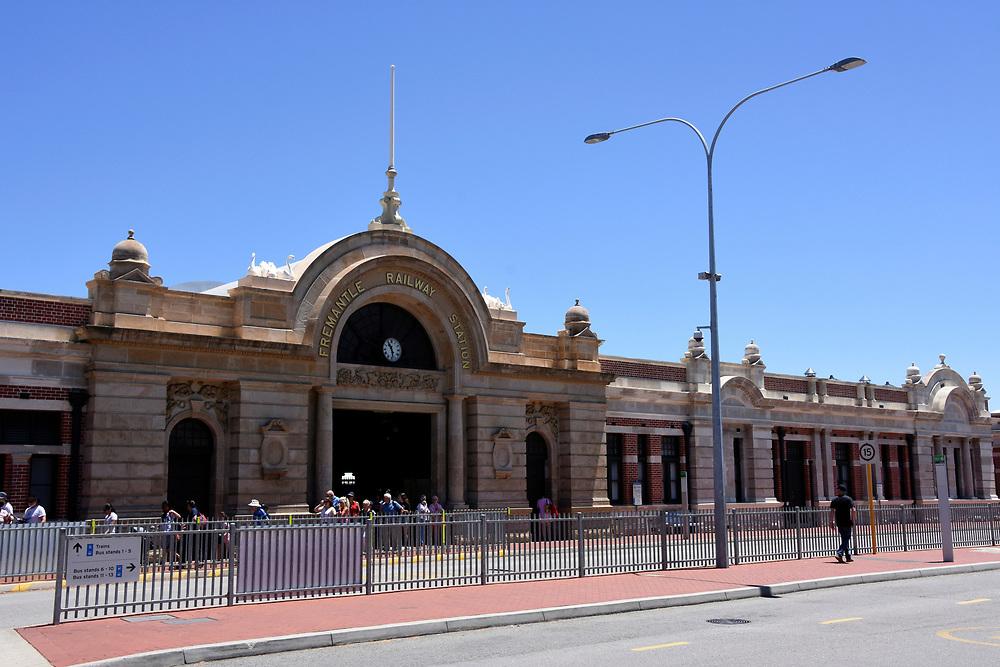 Freemantle Train station