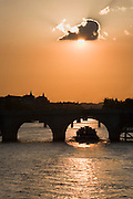 Pont Neuf, Seine, sunset, Paris, France