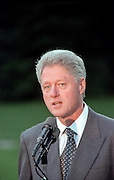 US President Bill Clinton announces a tentative settlement in the 13-day-old strike by Northwest Airline pilots on the South Lawn of the White House lawn September 10, 1998 in Washington, DC.