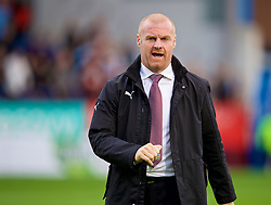 BURNLEY, ENGLAND - Thursday, August 16, 2018: Burnley's manager Sean Dyche during the UEFA Europa League Third Qualifying Round 2nd Leg match between Burnley FC and İstanbul Başakşehir at Turf Moor. (Pic by David Rawcliffe/Propaganda)