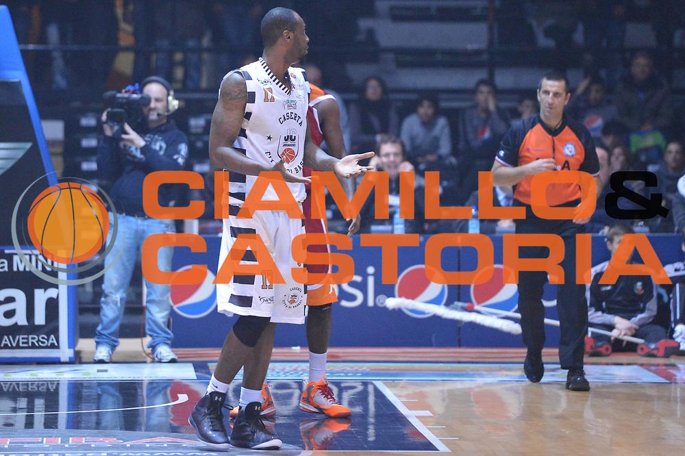 DESCRIZIONE : Caserta Lega A 2012-13 Juve Caserta Acea Roma<br /> GIOCATORE : Akindele Jeleel<br /> CATEGORIA : curiosita delusione<br /> SQUADRA : Juve Caserta<br /> EVENTO : Campionato Lega A 2012-2013 <br /> GARA :  Juve Caserta Acea Roma<br /> DATA : 24/02/2013<br /> SPORT : Pallacanestro <br /> AUTORE : Agenzia Ciamillo-Castoria/GiulioCiamillo<br /> Galleria : Lega Basket A 2012-2013  <br /> Fotonotizia : Caserta Lega A 2012-13 Juve Caserta Acea Roma<br /> Predefinita :