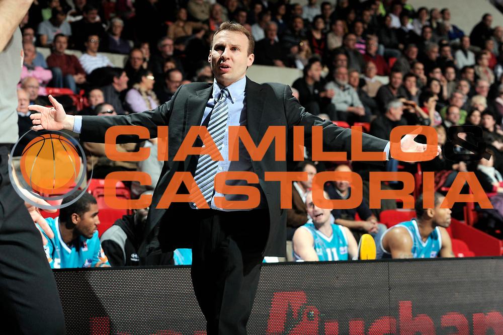 DESCRIZIONE : Coupe de France  Antares Le Mans<br /> GIOCATORE : Laurent Vila<br /> SQUADRA : Pau<br /> EVENTO : Coupe de France <br /> GARA : Le Mans Pau<br /> DATA : 10/01/2012<br /> CATEGORIA : Basketball  Homme <br /> SPORT : Basketball<br /> AUTORE : JF Molliere<br /> Galleria : France Basket 2011-2012 Action<br /> Fotonotizia : Coupe de France Basket Homme<br /> Predefinita :