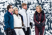 Fotosessie met de koninklijke familie in Lech /// Photoshoot with the Dutch royal family in Lech .<br /> <br /> Koningin Maxima, Koning Willem Alexander,  Prins Constantijn en Prinses Laurentien
