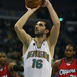 15 April 2008: New Orleans Hornets forward Peja Stojakovic #16 shoots a technical foul free throw  in the second quarter of the Hornets 114-92 win over the Clippers at the New Orleans Arena in New Orleans, Louisiana.