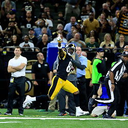 Aug 26, 2016; New Orleans, LA, USA;  Pittsburgh Steelers wide receiver Antonio Brown (84) celebrates as he runs down the field for a touchdown during the first half of a preseason game against the New Orleans Saints  at Mercedes-Benz Superdome. Mandatory Credit: Derick E. Hingle-USA TODAY Sports