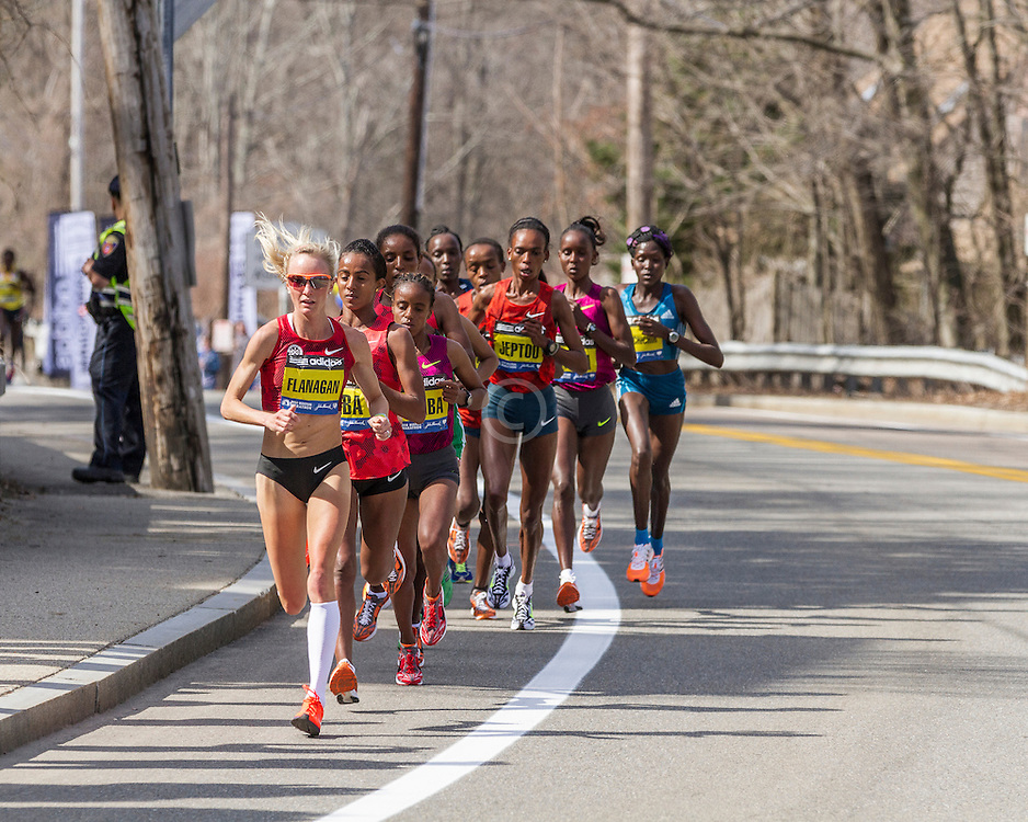 2014 Boston Marathon: lead pack of elite women led by Shalane Flanagan