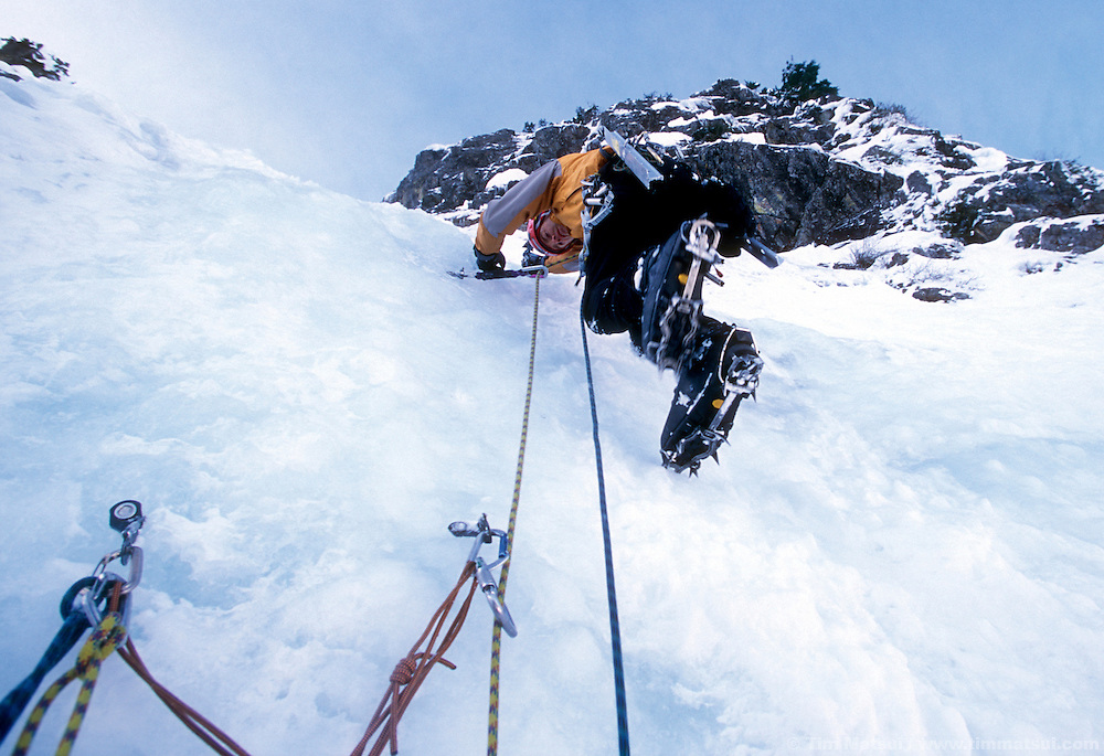 Dale Remsberg leads up Spindrift Couloir, Big Four Mountain, WA.