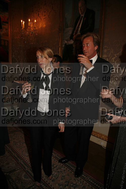 Sam Taylor Wood and Robin Hurlestone, Ark Gala Dinner, Marlborough House, London. 5 May 2006. ONE TIME USE ONLY - DO NOT ARCHIVE  © Copyright Photograph by Dafydd Jones 66 Stockwell Park Rd. London SW9 0DA Tel 020 7733 0108 www.dafjones.com