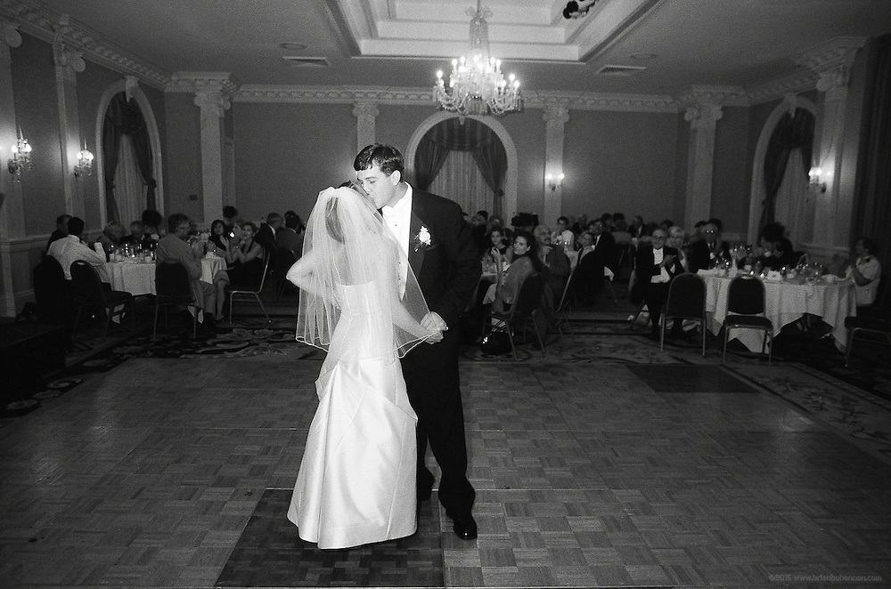 The wedding of Jessica and Gunnar, July 2001, Louisville, Ky. .© 2001 Brian Bohannon.