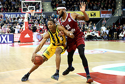 09.12.2017, Audi Dome, Muenchen, GER, EasyCredit BBL, FC Bayern Muenchen Basketball vs MHP Riesen Ludwigsburg, 12. Runde, im Bild Zweikampf zwischen Kerron Johnson (Ludwigsburg) und Devin Booker (Muenchen) // during the easyCredit Basketball Bundesliga 12th round match between MHP Riesen Ludwigsburg and 12.Spieltag at the Audi Dome in Muenchen, Germany on 2017/12/09. EXPA Pictures &copy; 2017, PhotoCredit: EXPA/ Eibner-Pressefoto/ Marcel Engelbrecht<br /> <br /> *****ATTENTION - OUT of GER*****