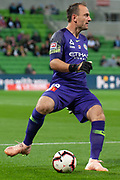 MELBOURNE, VIC - NOVEMBER 09: Melbourne City goalkeeper Eugene Galekovic (18) passes the ball at the Hyundai A-League Round 4 soccer match between Melbourne City FC and Wellington Phoenix on November 09, 2018 at AAMI Park in Melbourne, Australia. (Photo by Speed Media/Icon Sportswire)