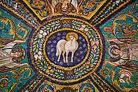 Italie, Emilie-Romagne, Ravenne, la Basilique Saint Vitale (San Vitale), patrimoine mondial de l'UNESCO //Italy, Emilia-Romagna, Ravenna, Saint Vitale Basilica (San Vitale), UNESCO world heritage