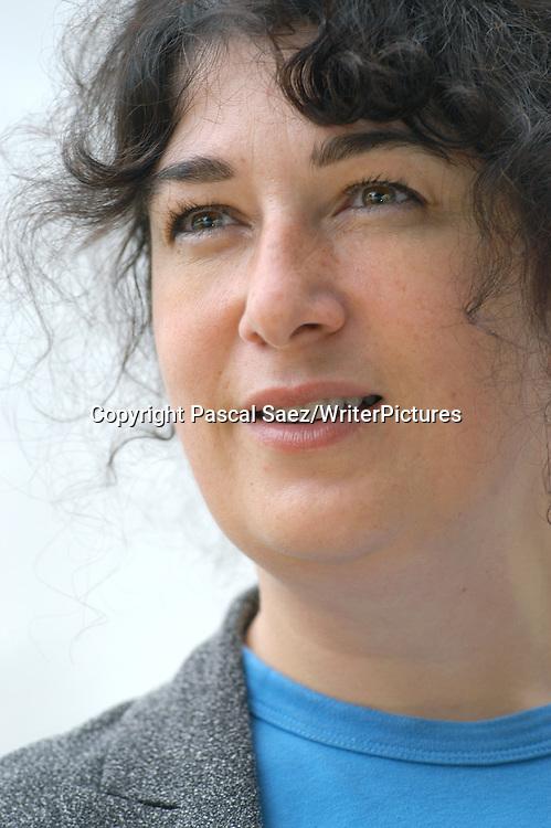 British writer Joanne Harris, author of &quot;Chocolat&quot;, at the Edinburgh International Book Festival 2003<br /> <br /> Copyright Pascal Saez<br /> Pascal Saez / Writer Pictures