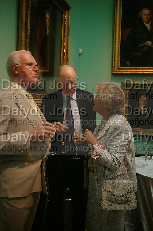 Jocelyn Stevens, Lord Rothschild and Dame Vivien Clore . Celebration of Lord Weidenfeld's 60 Years in Publishing hosted by Orion. the Weldon Galleries. National Portrait Gallery. London. 29 June 2005. ONE TIME USE ONLY - DO NOT ARCHIVE  © Copyright Photograph by Dafydd Jones 66 Stockwell Park Rd. London SW9 0DA Tel 020 7733 0108 www.dafjones.com