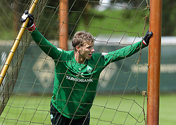01.07.2011, Trainingsgelaende Werder Bremen, Bremen, GER, 1.FBL, Training Werder Bremen, im Bild Felix Wiedwald (Bremen #42)   // during training session from Werder Bremen 2011/07/01    EXPA Pictures © 2011, PhotoCredit: EXPA/ nph/  Frisch       ****** out of GER / CRO  / BEL ******