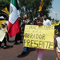 Toluca, Méx.- Simpatizantes del PRD realizan una marcha en silencio en favor de Andres Manuel Lopez Obrador. Agencia MVT / Esteban Fabian. (DIGITAL)<br /> <br /> NO ARCHIVAR - NO ARCHIVE