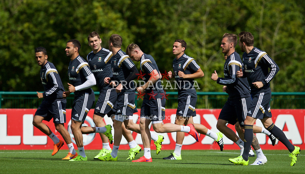 CARDIFF, WALES - Monday, June 8, 2015: Wales' Neil Taylor, Hal Robson-Kanu, Sam Vokes, Simon Church, James Chester, Aaron Ramsey during a training session at the Vale of Glamorgan ahead of the UEFA Euro 2016 Qualifying Round Group B match against Belgium. (Pic by David Rawcliffe/Propaganda)