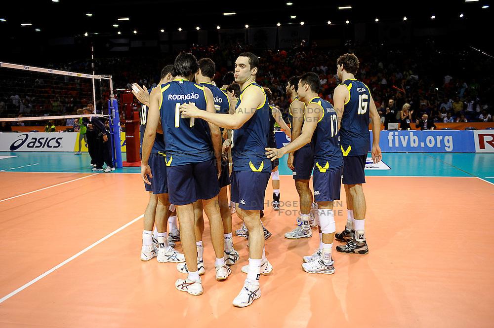 27-06-2010 VOLLEYBAL: WLV NEDERLAND - BRAZILIE: ROTTERDAM<br /> Nederland verliest met 3-2 van Brazilie / Murilo<br /> &copy;2010-WWW.FOTOHOOGENDOORN.NL