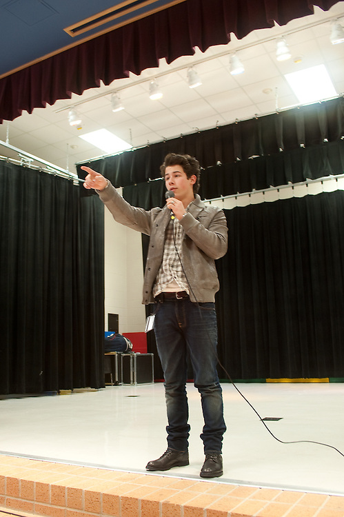"Mark Matson For USO (12/11/09)  The USO hosted a ""Community Strong"" event at Ft. Hood, Friday December 11, 2009. Singer Nick Jonas made an appearance at Meadows Elementary School."