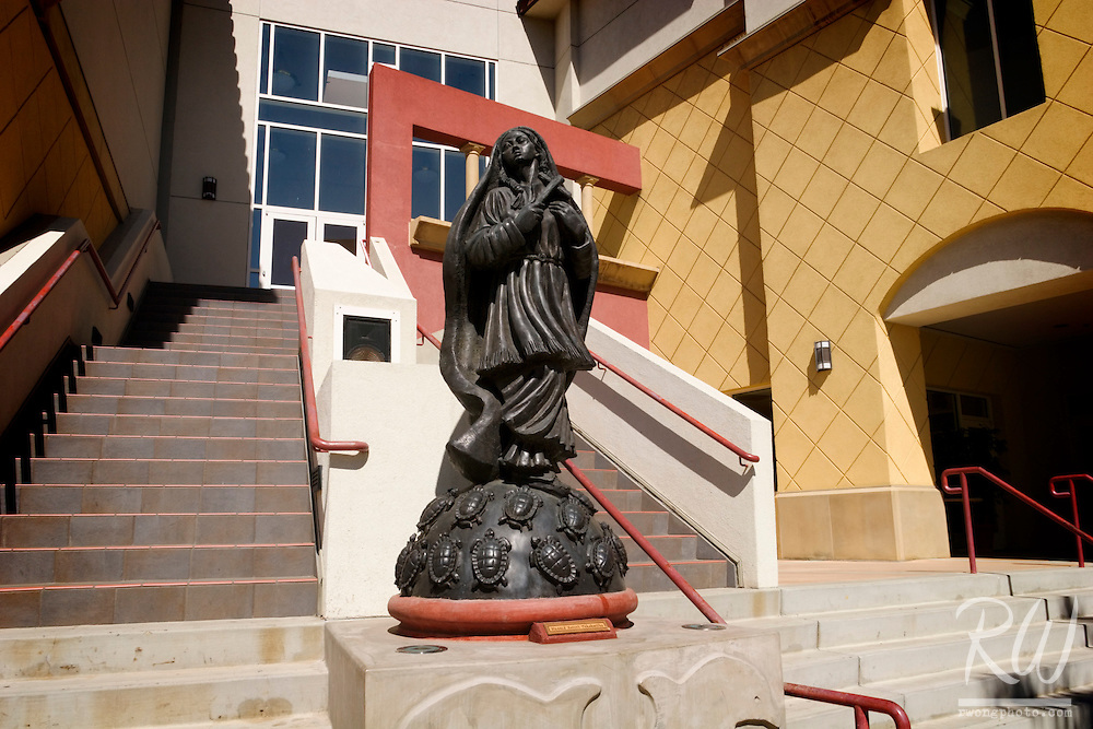 Statue of Blessed Kateri Tekakwitha, Mission San Buenaventura, Ventura, California