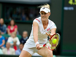 28.06.2014, All England Lawn Tennis Club, London, ENG, WTA Tour, Wimbledon, im Bild Alison Riske (USA) during the Ladies' Singles 3rd Round match on day six // 15065000 during the Wimbledon Championships at the All England Lawn Tennis Club in London, Great Britain on 2014/06/28. EXPA Pictures © 2014, PhotoCredit: EXPA/ Propagandaphoto/ David Rawcliffe<br /> <br /> *****ATTENTION - OUT of ENG, GBR*****