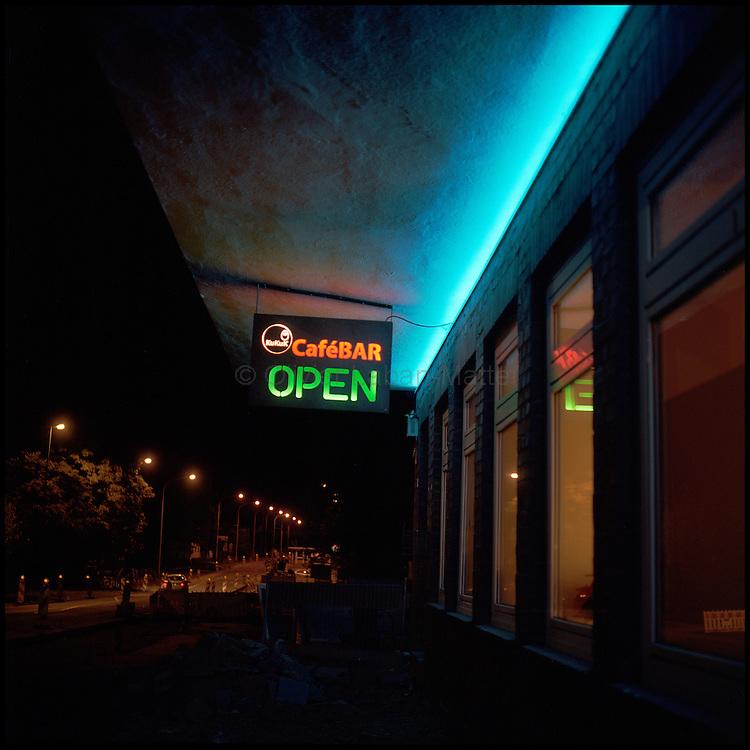 Le 22 octobre 2011, frontière Allemagne / Belgique, près d'Aix La Chapelle, RN 68. Vue de l'extérieur de l'ancien poste frontière allemand de Köpfchen transformé en bar et salle culturelle.
