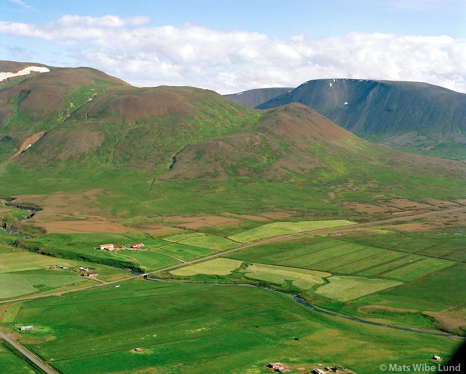 Litla-Fell og Árbakki séð til austurs, Skagabyggð áður Vindhælishreppur / Litla-Fell and Arbakki viewing east, Skagabyggd former Vindhaelishreppur.