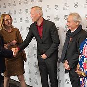 NLD/Rotterdam/20170127 - Koning Willem-Alexander bij premiere film Double Play tijdens IFFR (POOL),  (vlnr) Janneke Staarink, Koning Willem-Alexander, Bero Beyer, Gregory Elias en Lisa Corte