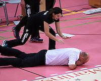 Volleyball Saison 2015/2016  14.02.2016 1. Volleyball Bundesliga  TV Rottenburg - SWD powervolleys Dueren  JUBEL TVR, Trainer Hans Peter Mueller - Angstenberger (TV Rottenburg) liegt vor Freude auf dem Boden