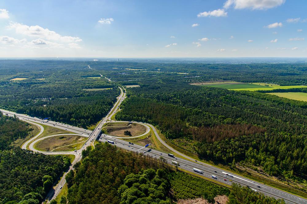 Nederland, Gelderland, Wolfheze, 29-05-2019; Veluwe, Het Hazeleger, A12 met Afslag Oosterbeek (N224)<br /> Motorway A12, exit Oosterbeek.<br /> luchtfoto (toeslag op standard tarieven);<br /> aerial photo (additional fee required);<br /> copyright foto/photo Siebe Swart
