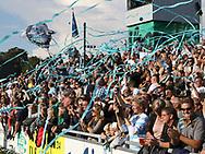 FODBOLD: FC Helsingørs tilskuere byder spillerne velkommen på banen til kampen i ALKA Superligaen mellem FC Helsingør og FC København den 17. september 2017 på Helsingør Stadion. Foto: Claus Birch