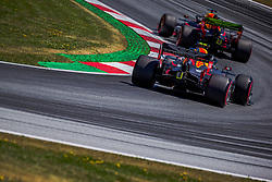 29.06.2019, Red Bull Ring, Spielberg, AUT, FIA, Formel 1, Grosser Preis von Österreich, 3. Training, im Bild v.l.: Pierre Gasly (FRA, Red Bull Racing), Max Verstappen (NED, Red Bull Racing) // f.l.: French Formula One driver Pierre Gasly of Toro Rosso Dutch Formula One driver Max Verstappen of Red Bull Racing during 3rd training for the Austrian FIA Formula One Grand Prix at the Red Bull Ring in Spielberg, Austria on 2019/06/29. EXPA Pictures © 2019, PhotoCredit: EXPA/ Dominik Angerer