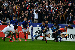 February 2, 2020, Saint Denis, Seine Saint Denis, France: The Wing of French Team VINCENT RATTEZ score the first try of his team during the Guinness Six Nations Rugby tournament between France and  England at the Stade de France - St Denis - France.. France won 24-17 (Credit Image: © Pierre Stevenin/ZUMA Wire)