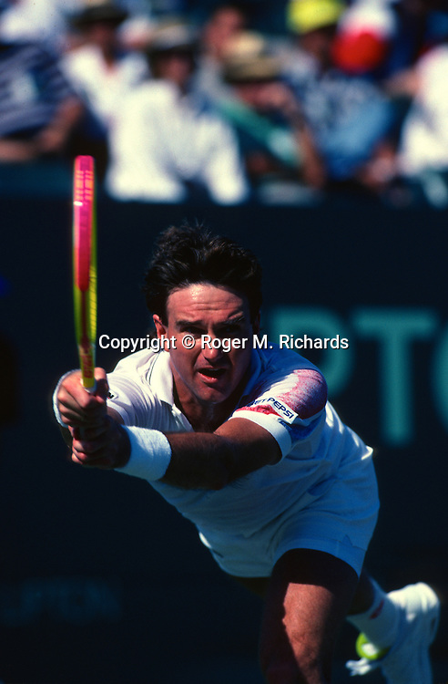 Former Wimbledon tennis champion Jimmy Connors plays at the Lipton tournament on Key Biscayne in Miami, March 1992.