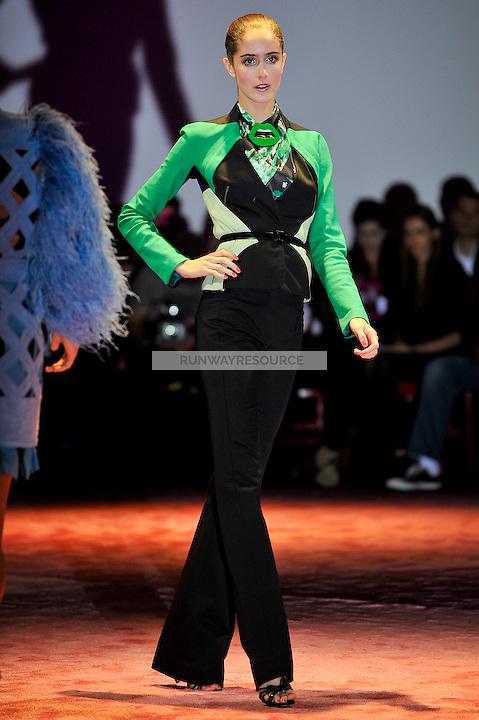 Amanda Laine walks the runway wearing Zac Posen Spring 2010 collection during Mercedes-Benz fashion week on September 14, 2009.