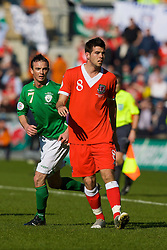 DUBLIN, REPUBLIC OF IRELAND - Saturday, March 24, 2007: Wales' Joe Ledley and Republic of Ireland's Stephen Ireland during the UEFA European Championships 2008 Group D qualifying match at Croke Park. (Pic by David Rawcliffe/Propaganda)
