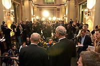 10 DEC 2003, BERLIN/GERMANY:<br /> Volker Kauder (L), CDU, 1. Parl. Geschaeftsfuehrer CDU/CSU BT-Fraktion, und Carl-Ludwig Thiele (R), MdB, FDP Stellv. Fraktionsvorsitzender, geben ein kurzes Pressestatement, waehrend der Sitzung des Vermittlungsausschusses, Bundesrat<br /> IMAGE: 20031210-01-076<br /> KEYWORDS: Mikrofon, microphone, Kamera, Camera, Journalist, Journalisten