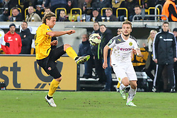 03.03.2015, Stadion Dresden, Dresden, GER, DFB Pokal, SG Dynamo Dresden vs Borussia Dortmund, Achtelfinale, im Bild Michael Hefele (#5, Dynamo Dresden), Ciro Immobile (#9, Borussia Dortmund) // SPO during German DFB Pokal last sixteen match between SG Dynamo Dresden and Borussia Dortmund at the Stadion Dresden in Dresden, Germany on 2015/03/03. EXPA Pictures &copy; 2015, PhotoCredit: EXPA/ Eibner-Pressefoto/ Hundt<br /> <br /> *****ATTENTION - OUT of GER*****