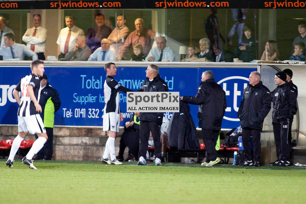 Dunfermline v Dumbarton Scottish Division 1 Saturday 24 November 2012. (c) Russell Sneddon | StockPix.eu