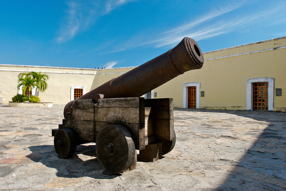 A CANNON IN THE FORT OF SAN DIEGO IN THE CITY OF ACAPULCO IN MEXICO, THE FORT WAS BUILT BETWEN 1614 AND 1616 TO PROTECT THE CITY AGAINST THE ATACKS OF PIRATES. IT WAS THE BIGGEST FORT IN THE PACIFIC COAST.  NOW IS A LOCAL MUSEUM ABOUT THE HISTORY OF ACAPULCO.