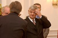 15 JAN 2003, BERLIN/GERMANY:<br /> Joschka Fischer, B90/Gruene, Bundesuassenminister, waehrend dem Neujahrsempfang des Bundespraesidenten fuer das Diplomatische Korps im Schloss Bellevue<br /> IMAGE: 20030115-02-019