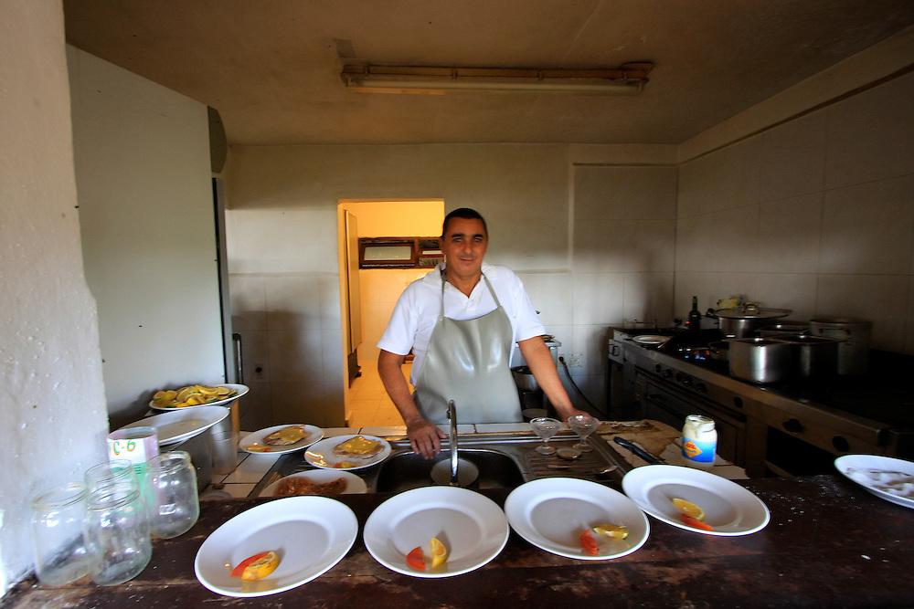 Cook, Aguada de Pasajeros, Cienfuegos, Cuba.