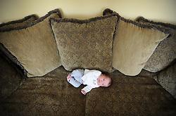 20120116 Three-week-old baby Natalie and big sister Allison..photo by Laura Mueller www.lauramuellerphotography.com