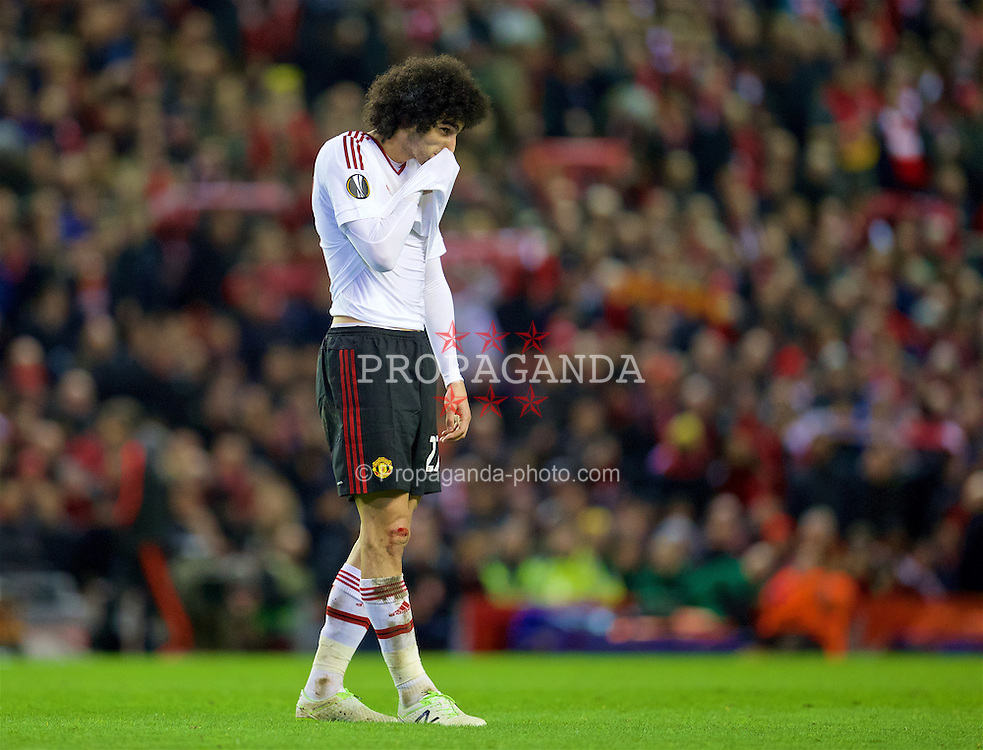 LIVERPOOL, ENGLAND - Thursday, March 10, 2016: Manchester United's Marouane Fellaini looks dejected as his side lose 2-0 to Liverpool during the UEFA Europa League Round of 16 1st Leg match at Anfield. (Pic by David Rawcliffe/Propaganda)