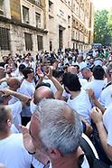 20190604 - Whirlpool, operai del sito di Napoli in presidio al Mise