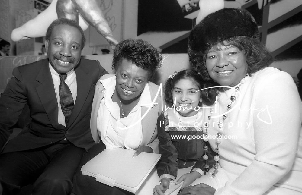 (1985) (Right) Albertina Walker and (L) Jerry Butler greet new gospel singer Deleon Richards and her mother Deborah Richards.