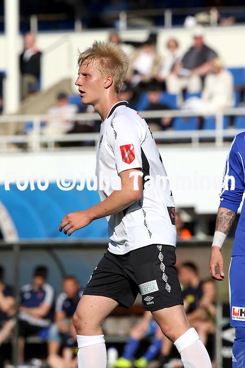 28.6.2015, Tehtaan kentt&auml;, Valkeakoski.<br /> Ykk&ouml;nen 2015.<br /> FC Haka - PS Kemi.<br /> Juho Pirttijoki - Haka